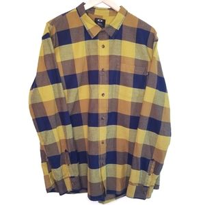 🌻 Oakley Men's Button Down Green Blue Flannel XXL